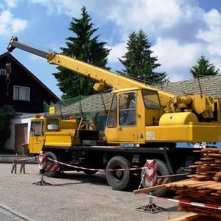 Get the Best Mobile Crane Options Meeting your Specific Needs
